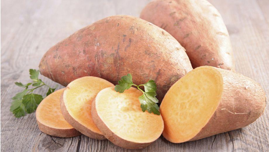 zoete aardappel gesneden